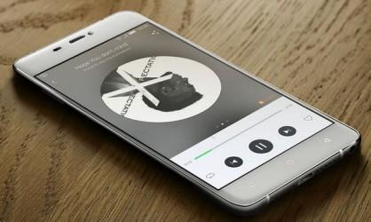 best battery smartphones